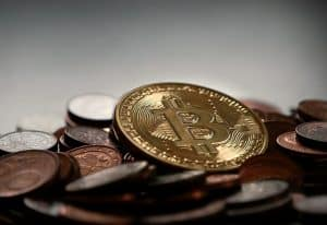 What are the top benefits of digital currencies over regular cash in 2021?